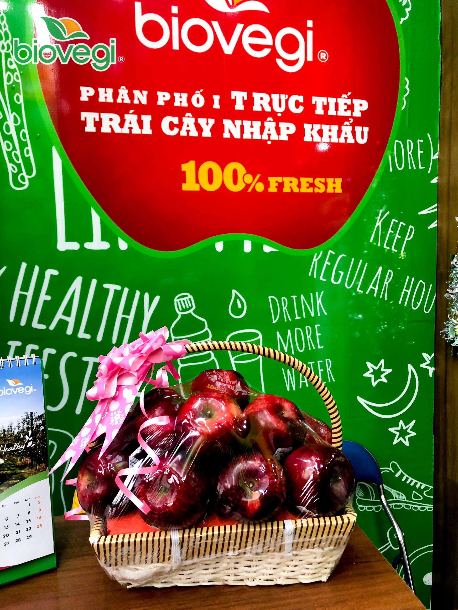 Giỏ quả 13 quả táo Red Delicious